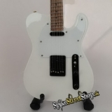 Gitara FREDDY MERCURY - QUEEN - Mini Guitar USA