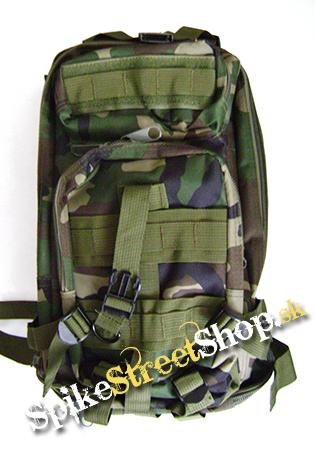 18ce57601a Vojenský a turistický ruksak v maskovaní WOODLAND