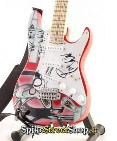 Gitara DAVID GILMOUR - FENDER STRATO THE WALL - Mini Guitar USA